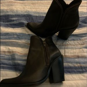 Jeffrey Campbell Size 40 Western Boots